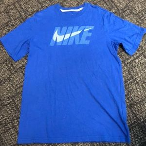 Boys Nike T-Shirt-Size XL